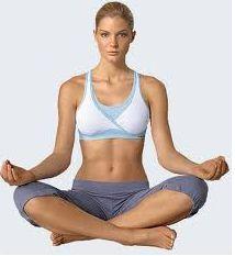 Йога против целлюлита – лучшие упражнения от тренера Дженнифер Энистон