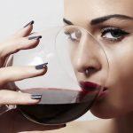 Можно ли женщинам пить алкоголь и в каких количествах