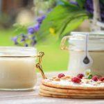 Крем-мёд: сладкий десерт и вкусное лекарство в одной банке