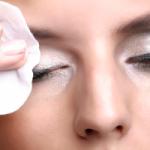 Важно знать: правила снятия макияжа