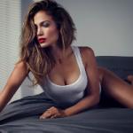 Дженнифер Лопес: как в 50 выглядеть максимум на 35