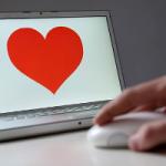 Американцы все чаще отдают предпочтение онлайн-знакомствам