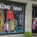 Покупка одежды в секонд-хенде: брендовые вещи за копейки