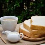 Диетолог рассказала о полезной замене кофе, сахару и белому хлебу