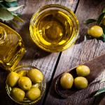Оливковое масло омолодит и увлажнит лицо