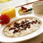 Вредный завтрак: медики призывают отказаться от каш быстрого приготовления