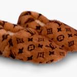 Louis Vuitton выпустил тапки почти за 140 тысяч рублей