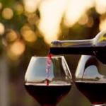 Неожиданно: бокал вина заменяет час спортивных занятий