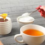 Можно ли считать мед здоровой альтернативой сахару?