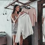 Эксперт назвала способ обновления гардероба из старых вещей