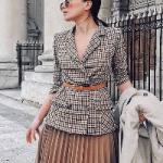Как стильно носить миди-юбки