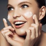 Дерматологи назвали признак неэффективности крема для лица