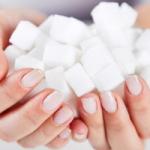 Диетолог поделилась советами по борьбе с тягой к сладкому